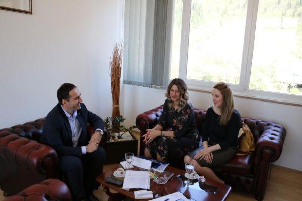 Usvajanje Platforme za mir: Posjeta Skupštini ŽZH