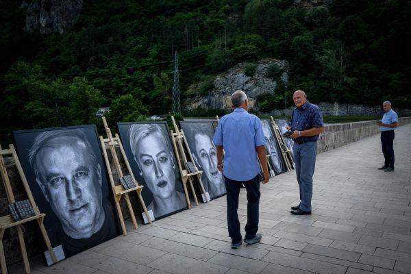 """/FOTO/ """"Lično"""" u Višegradu: Most koji je premostio nepremostivo"""