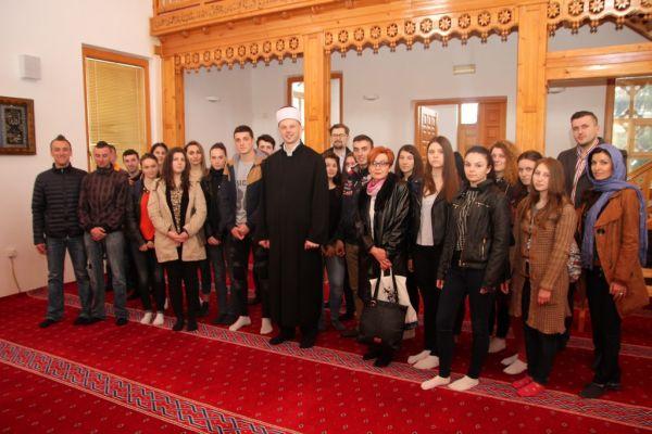 """Mladi iz Višegrada: """"Prošlost nas ne zanima, gledamo u budućnost!"""""""